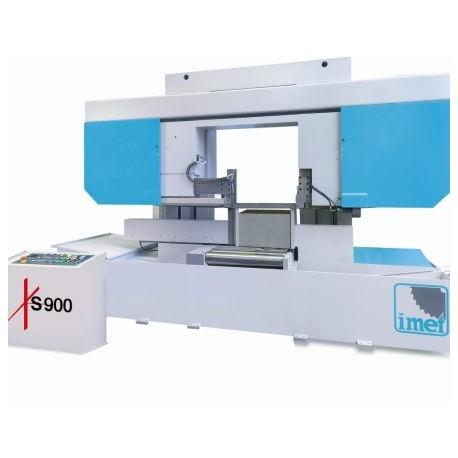 XS 900